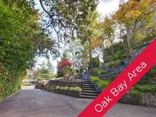 Henderson, Oak Bay House for sale: 5 bedroom Updated West Coast Home